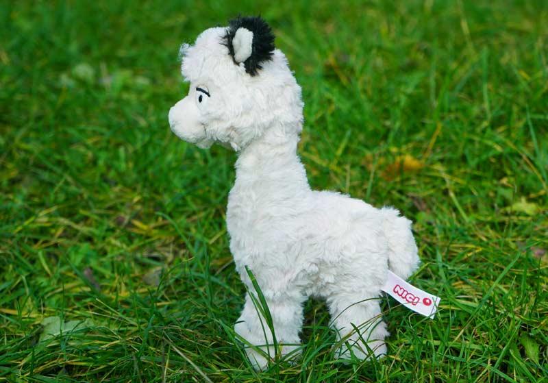 Alpaka weiß seitlich klein