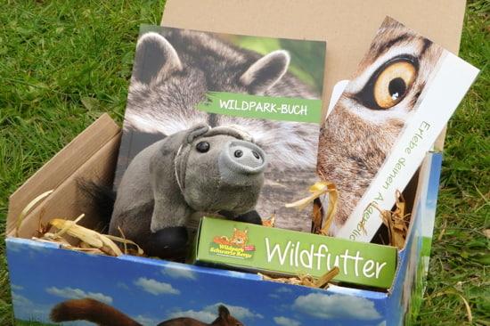 Geschenkset Hängebauchschein und Wildpark-Buch